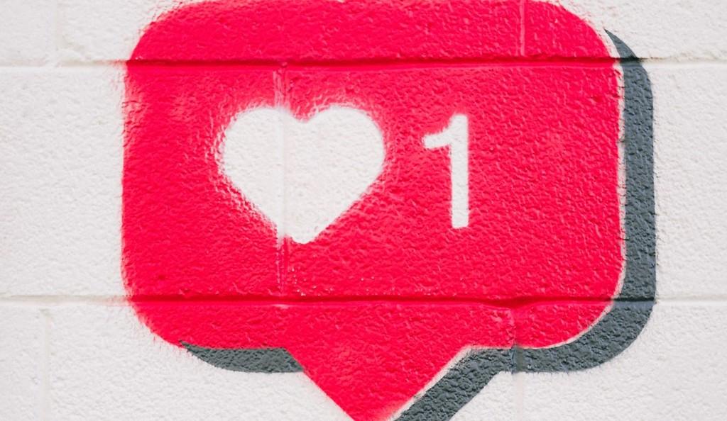 Manfaat atau keuntungan beli likes instagram aktif