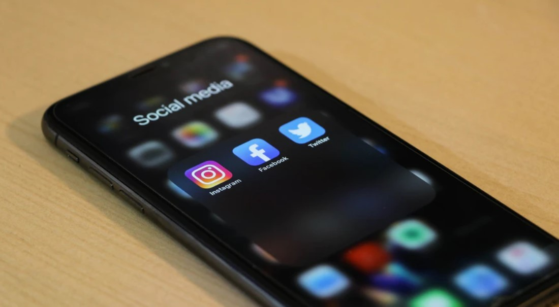 Gambar 3 - Manfaat atau keuntungan beli likes instagram aktif - Sebagai booster kunjungan teraman untuk akun atau situs Anda
