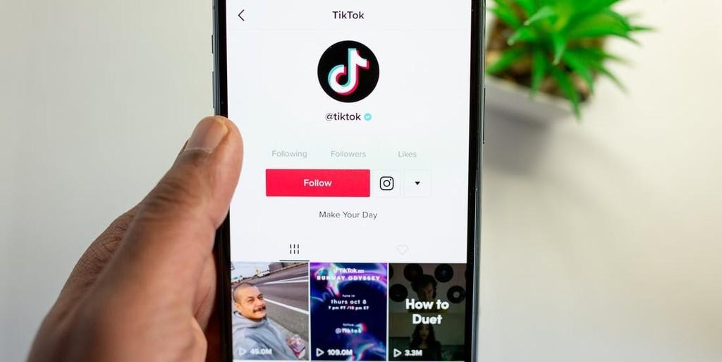Cara meningkatkan followers TikTok dengan beli di penyedia terpercaya